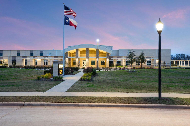 Donald Leonetti Elementary School - Front view