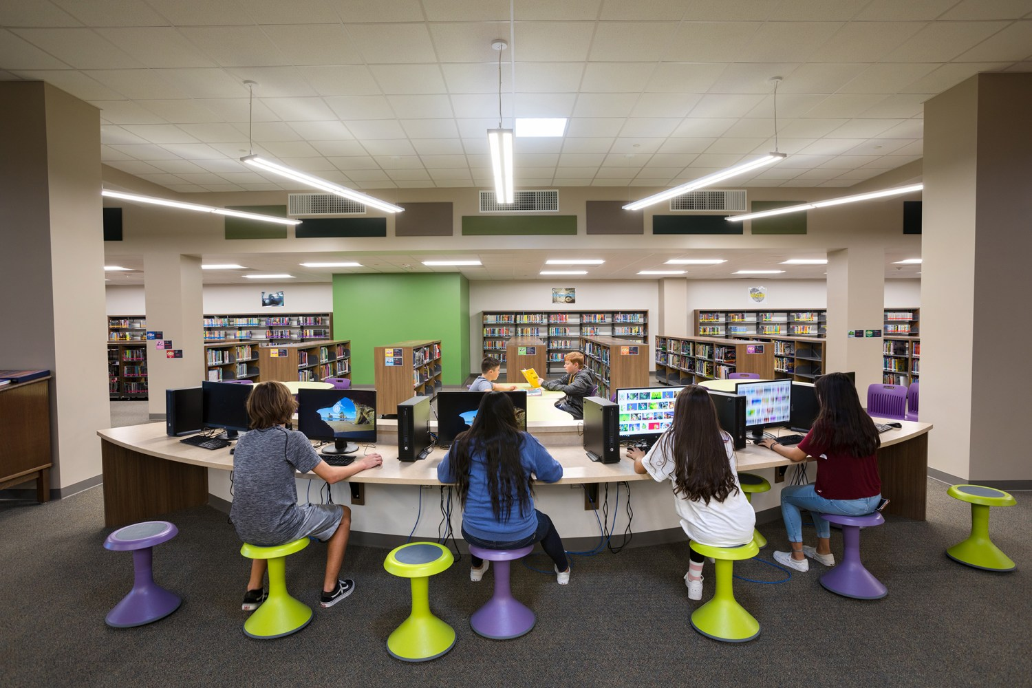 Ronald Thornton Middle School - Library