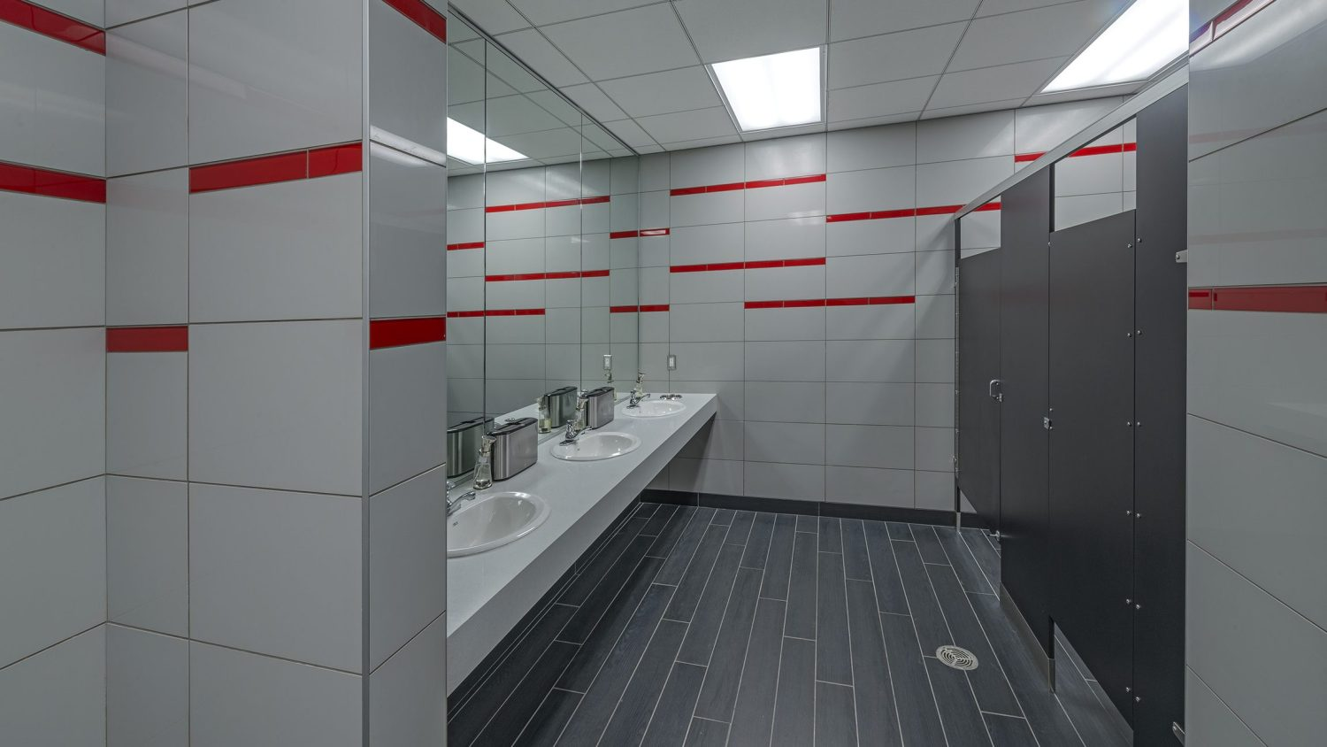 University of Houston Indoor Football Facility - Restroom