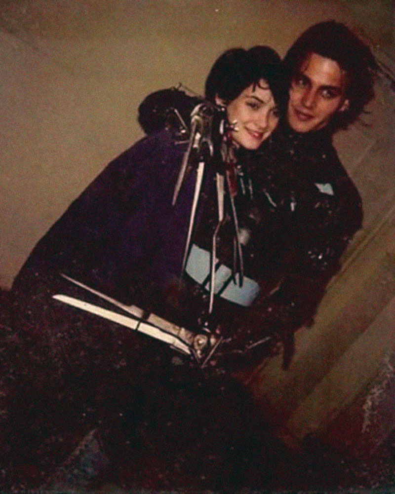 Winona Rider + Johnny Depp - Edward Scissorhands
