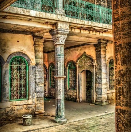 OLD HOUSE IN IRAQ