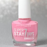 "[Manicure Monday #13] Maybelline Superstay 7 Days Nagellack ""120 Flushed Pink"""