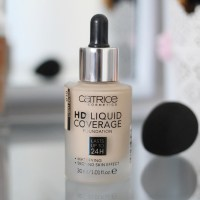 "[Review,Swatches & Tragebild] Catrice HD Liquid Coverage Foundation ""010 Light Beige"""