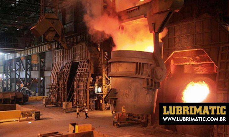 Como funciona a limpeza de áreas críticas em siderúrgicas e metalúrgicas