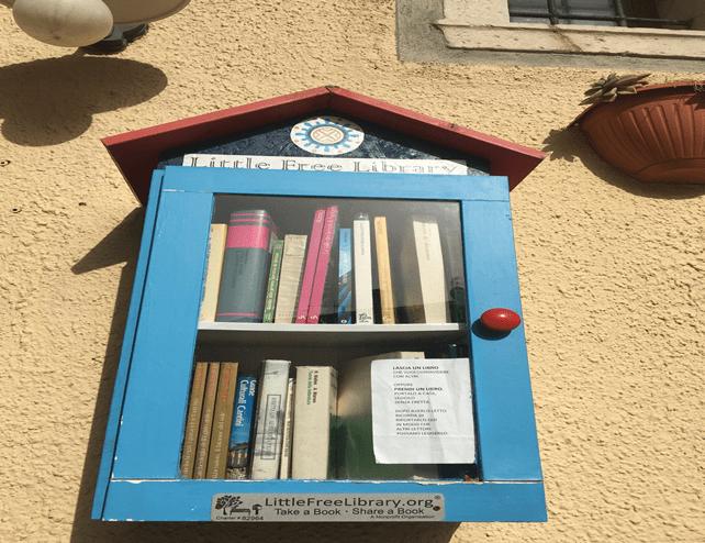 biblioteca smart. Little free library