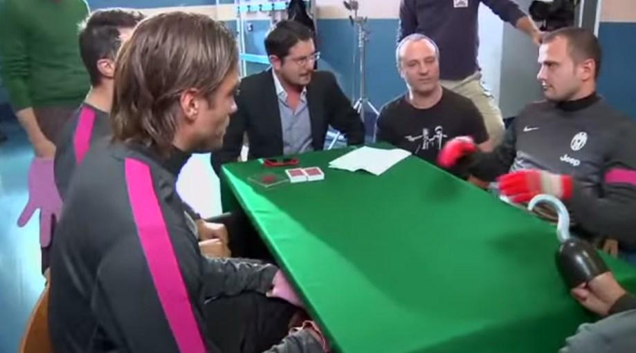 Lezioni di poker in casa Juventus: il backstage