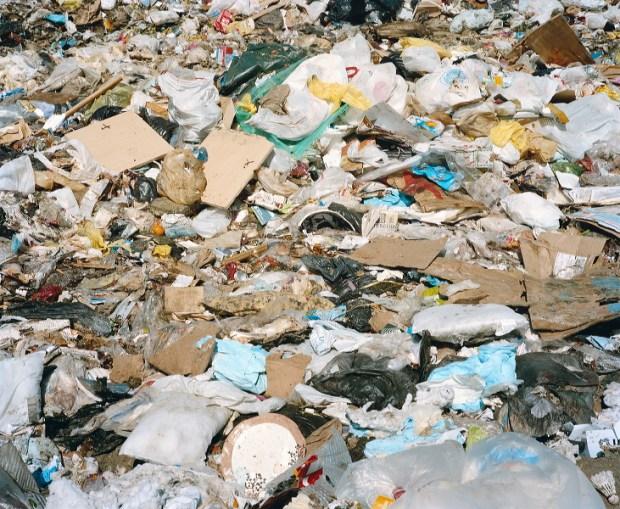 landfill-luca-pizzaroni-00008