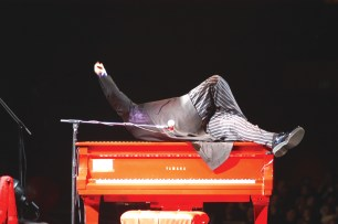 The Red Piano – © Luca Pizzaroni