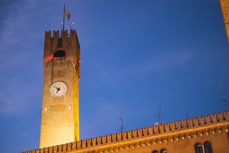 La piazza di sera - Treviso