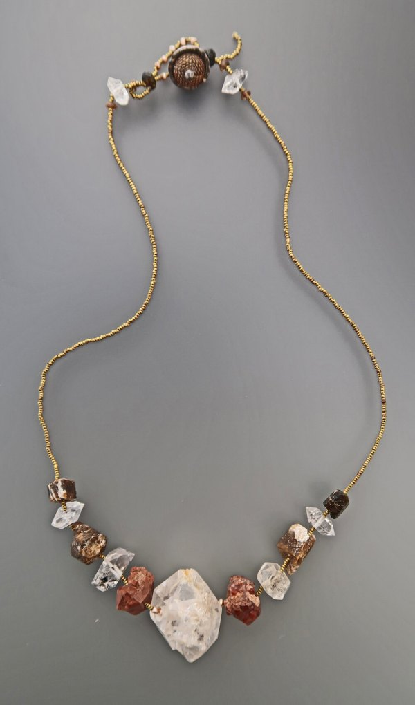 Lucia Antonelli Jewelry Healing Crystal Collar 2