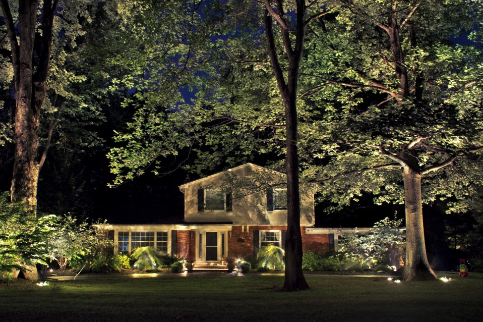 Landscape Lighting For Year Round Enjoyment Lucia Lighting Amp Design