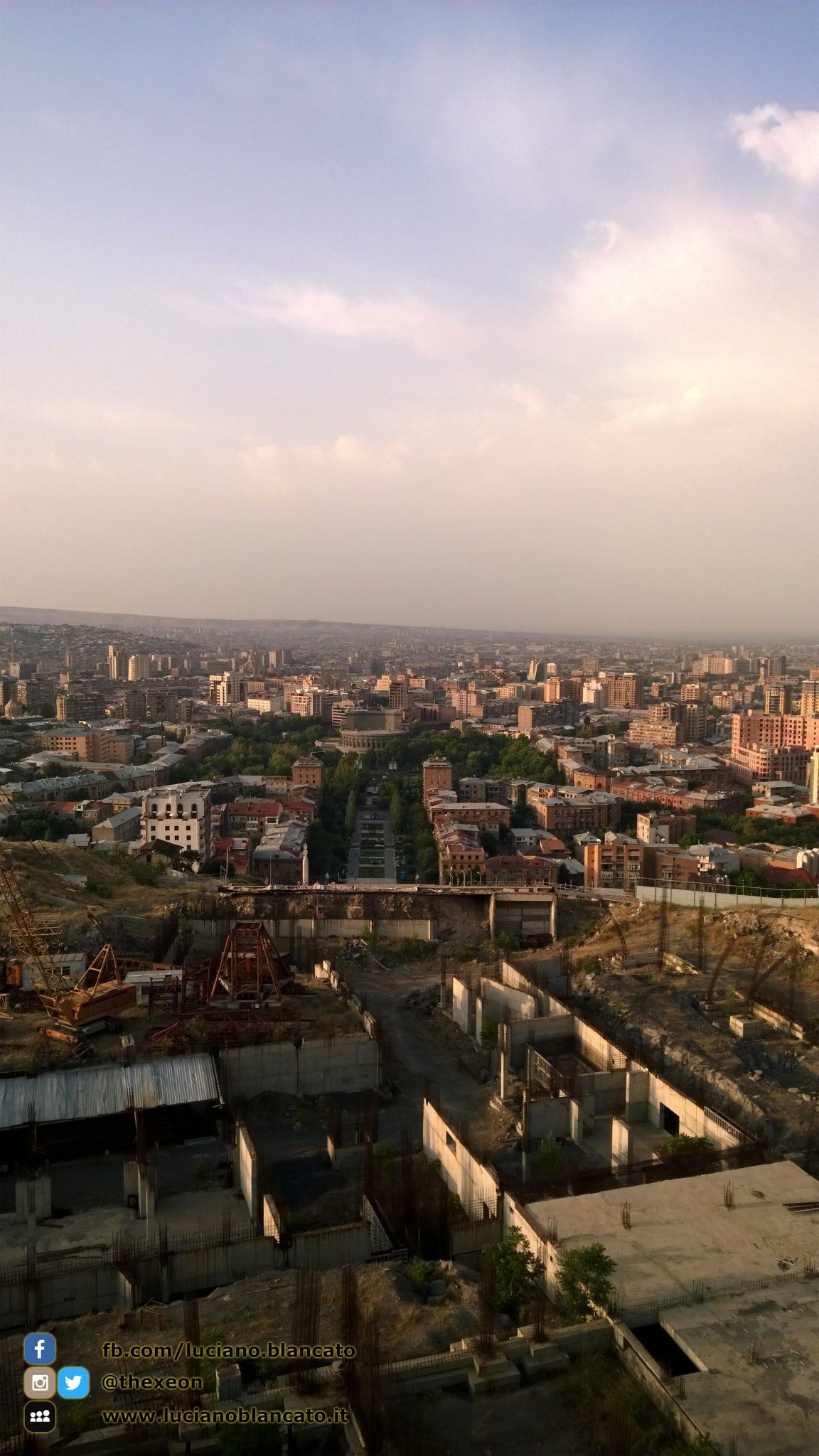 Vista sulla città Erevan (ARMENIA)