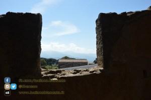 copy_23_Pompei - scavi - dettaglio rovine