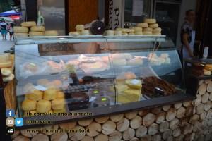 copy_Bucarest - Mercatino con prodotti tipici