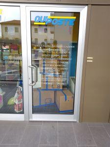 QuiPoste: punto vendita - vetrine esterne