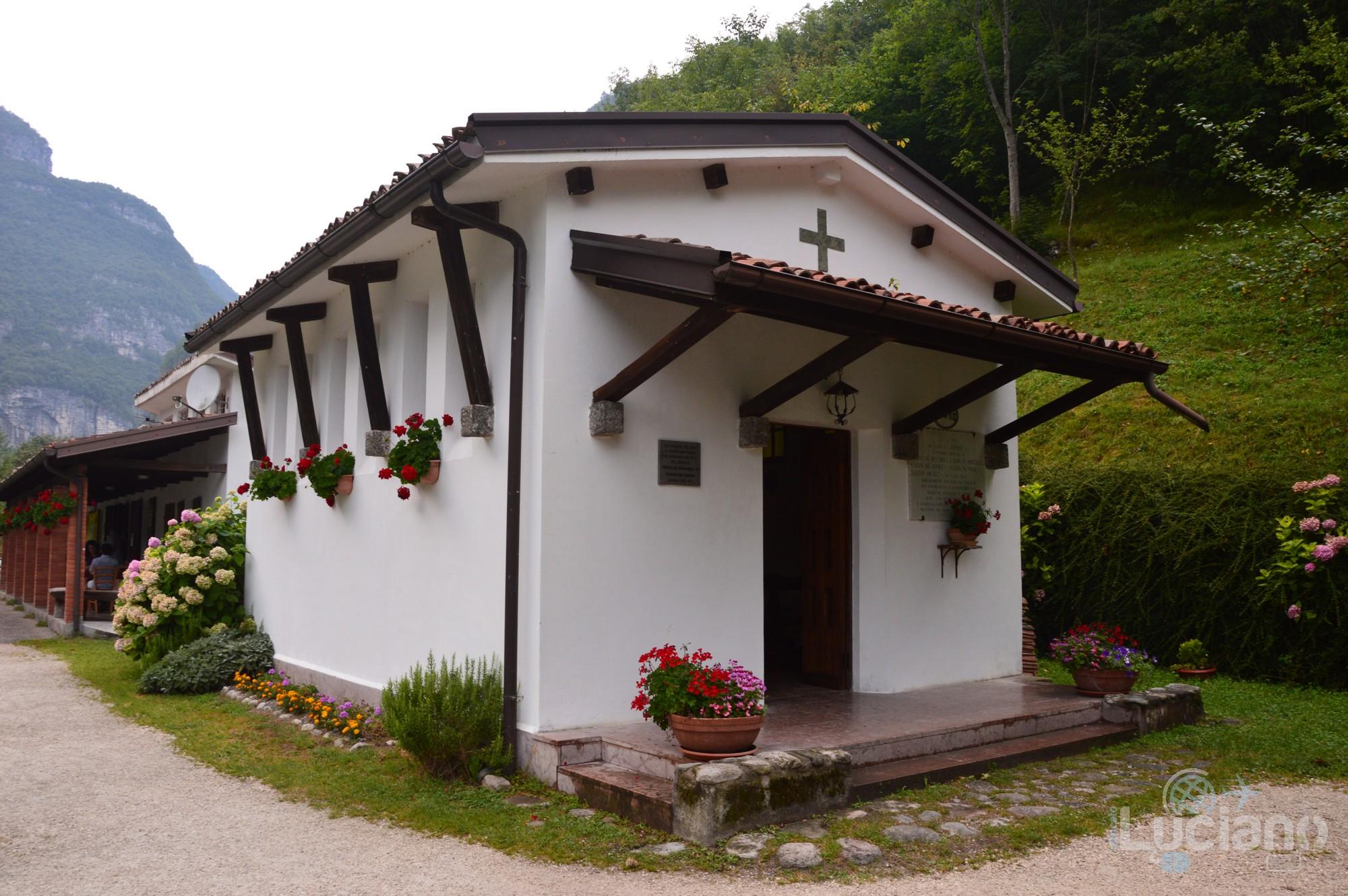 Chiesa sul Lago del Mis - Sospirolo (Belluno) - Veneto