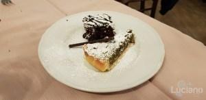 Trattoria Catania Ruffiana - Dolce della casa. Torta Pistacchi e brownies con noci e mandorle