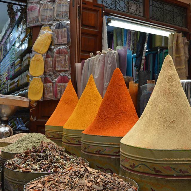 Spezie e colori di ogni tipo!#marrakech #morocco #maroc #travel #moroccan #marruecos #photography #marocco #like #marocaine #kenitra #marrakesh #africa #moroccotravel #follow #travelblogger #instatravel #thexeon#blogger #InstaTags4Likes #italianblogger#travelinfluencer#medina #Марокко#marokko#rabat #visitmarrakech#visitMorocco #marrakechMedina - from Instagram