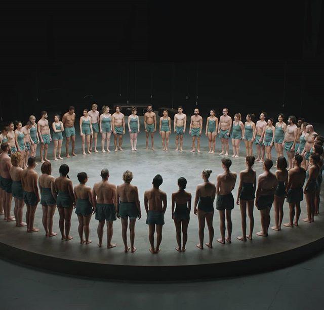 @momondo ha appena lanciato il suo nuovo film The World Piece. In questo film, 61 sconosciuti utilizzano il proprio corpo come una tela per trasmettere un messaggio al mondo: le similitudini che ci accomunano sono più numerose delle differenze che ci dividono. Io mi sono commosso. Vi consiglio di vederlo anche voi (trovi link in bio), commentarlo, condividerlo... e ricordate: THE GOOD PEOPLE EXIST EVERYWHERE.#owtravelers #ImAWorldPiece #admomondo #thexeon #lucianoblancato #love #loveIsFree #loveislove #lovelife #loveit #lovemylife - from Instagram