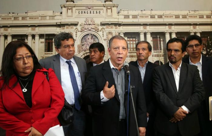 Lescano renuncia a Comisión de Ética: Fujimorismo abusa de su mayoría