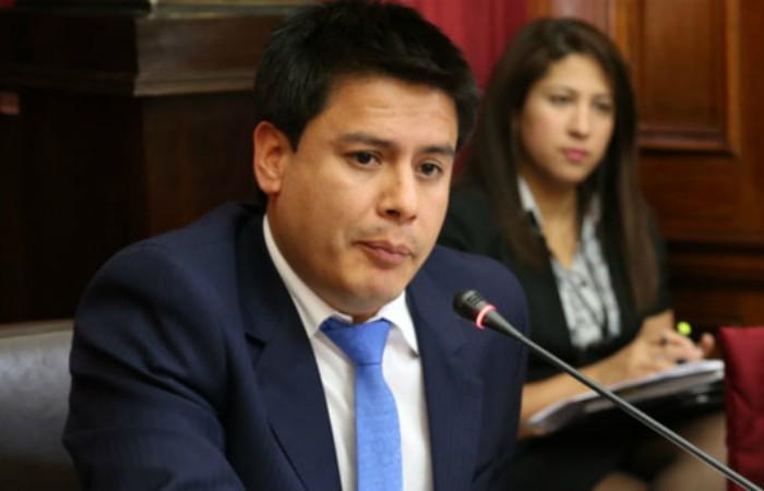 Allanan inmuebles de propiedad de hermano de congresista Edwin Vergara