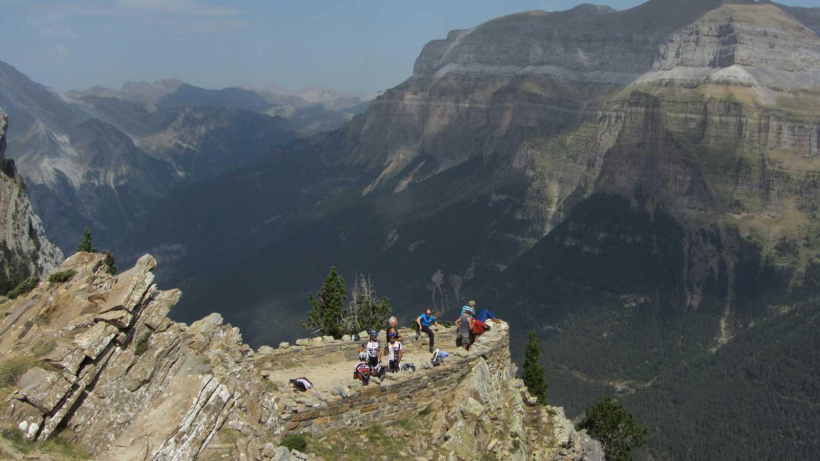 Casteret guías de montaña y barrancos