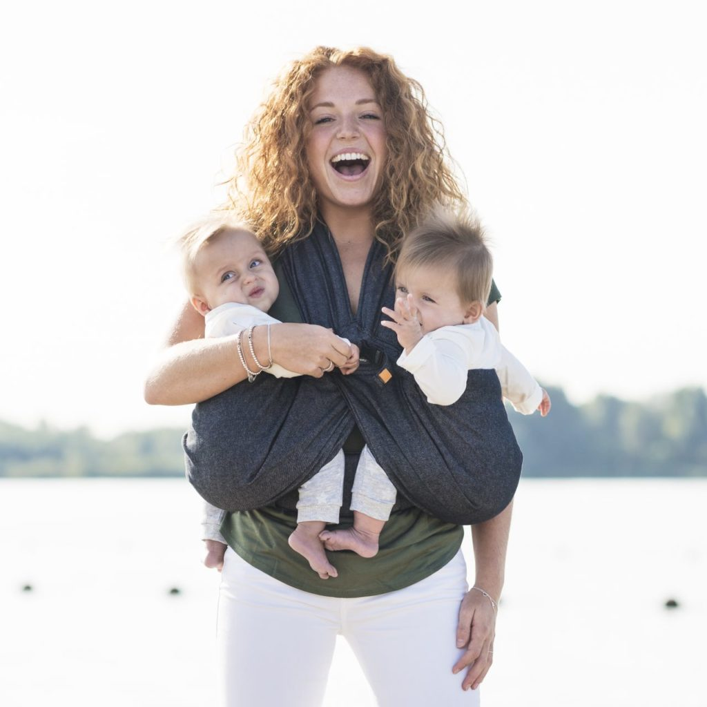 Baby carriers for twins: carriers for two babies and our favorites of each