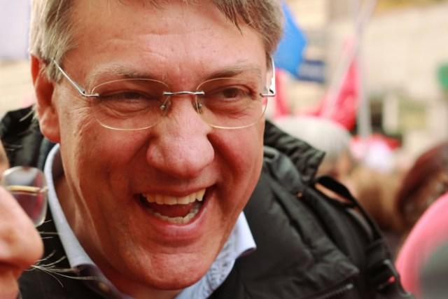 Maurizio Landini sorridente