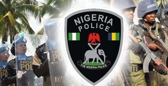 Drunk Policemen Brutalize young Girl and Brother in Lagos