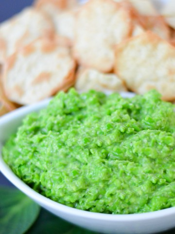Pea Pesto Dip | Easy Pesto Recipe with Frozen Peas