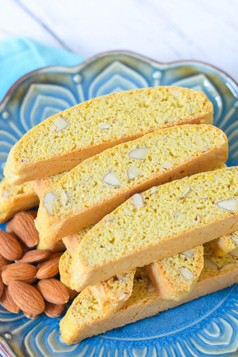 Best Almond Biscotti w. Lemon
