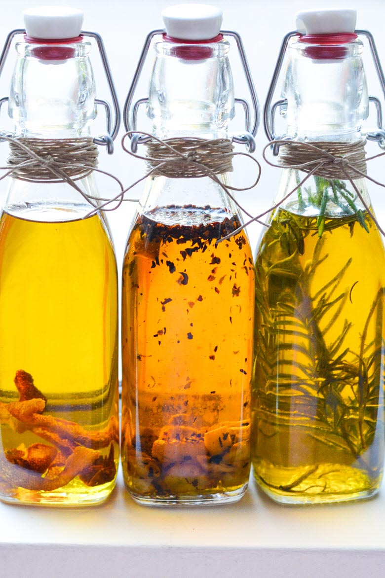 Homemade Gifts: Infused Olive Oil