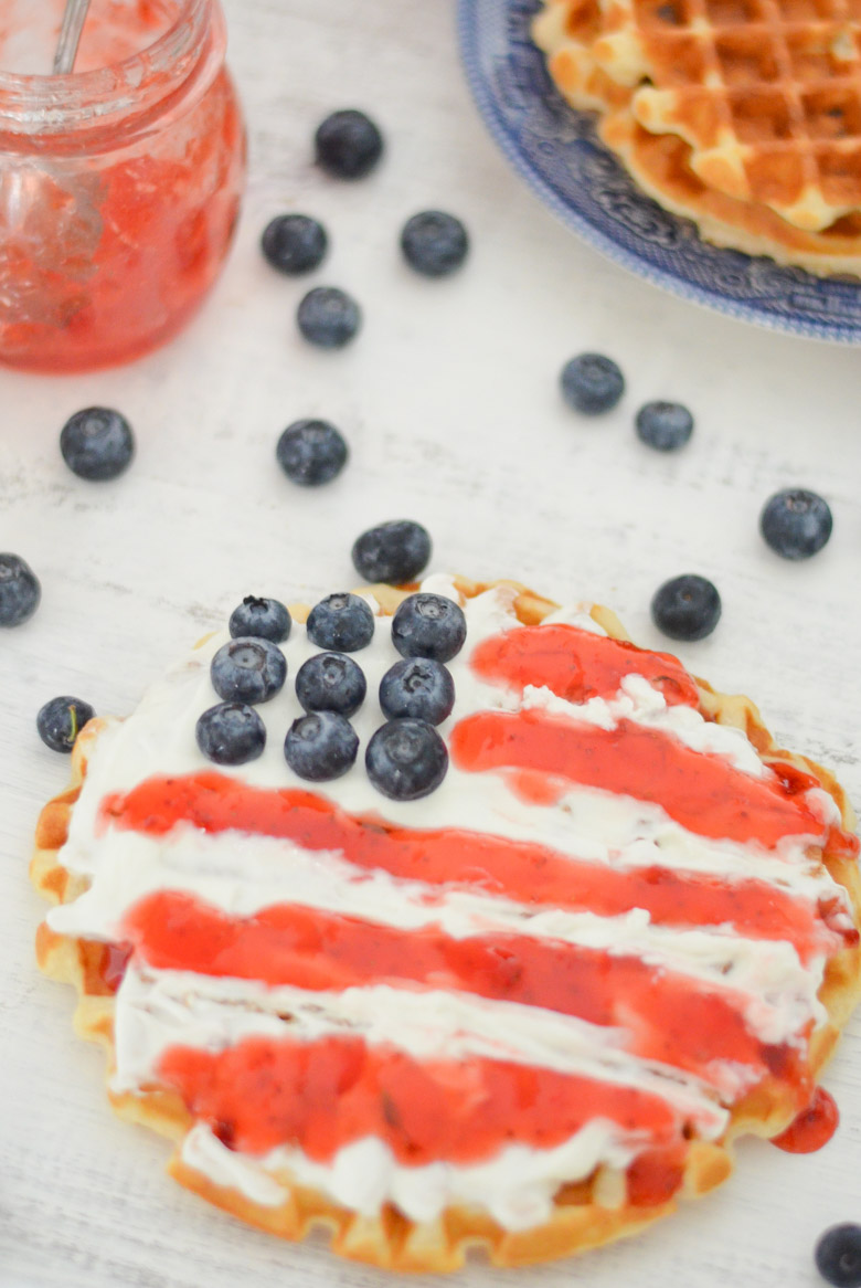 Patriotic Food + Decor | Red, White, + Blue Breakfast