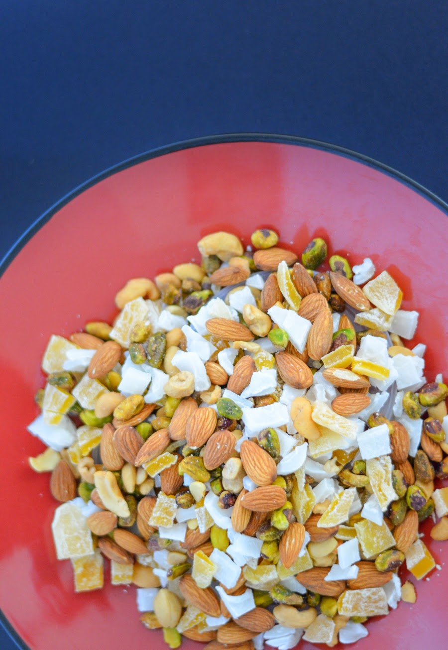 Island Tropical Trail Mix w. Dried Mango, Coconut, Cashews, Almonds, and so much more