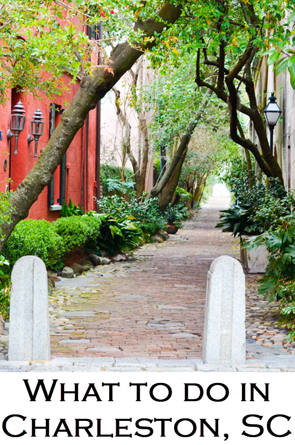 Your three day Charleston Travel Guide. This travel blog post suggests a mix of what to do in Charleston, including King Street, if a visit to Fort Sumter is worth it, and a great day trip to a plantation from the Holy City.