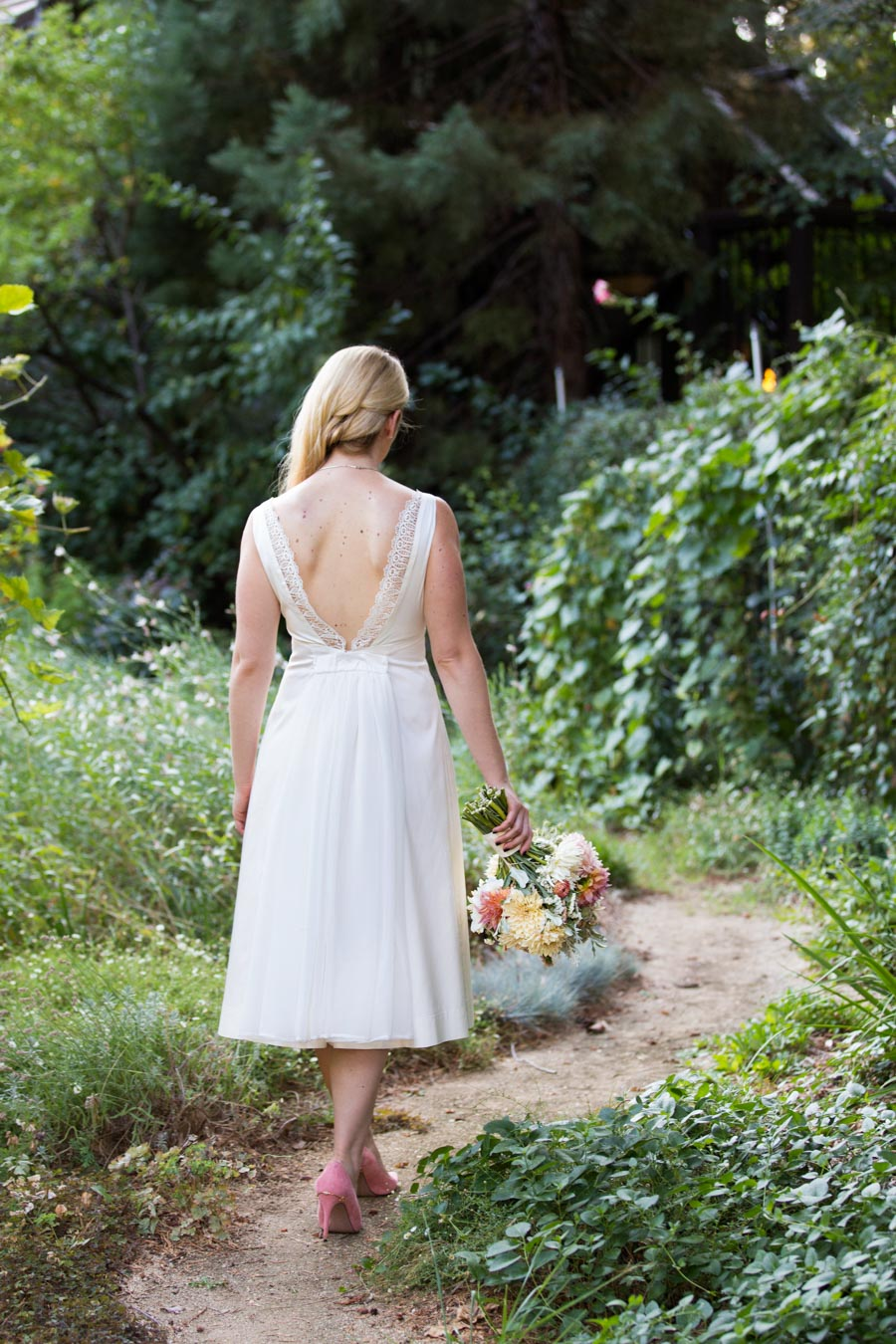 My Wedding Dress Story - Designing My Own Wedding Dress - Peach Floral Arrangement - Organic Farm Flowers
