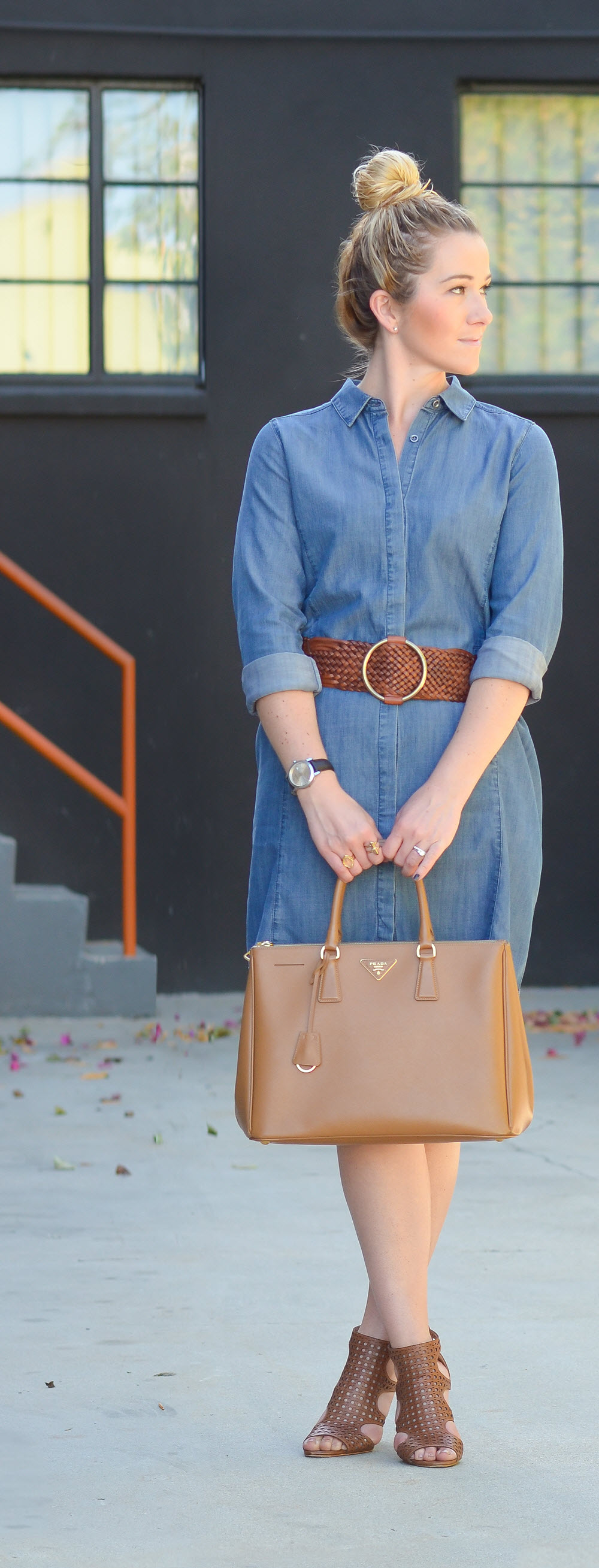 How to Style Denim Shirt Dress w. Belt | Luci's Morsels