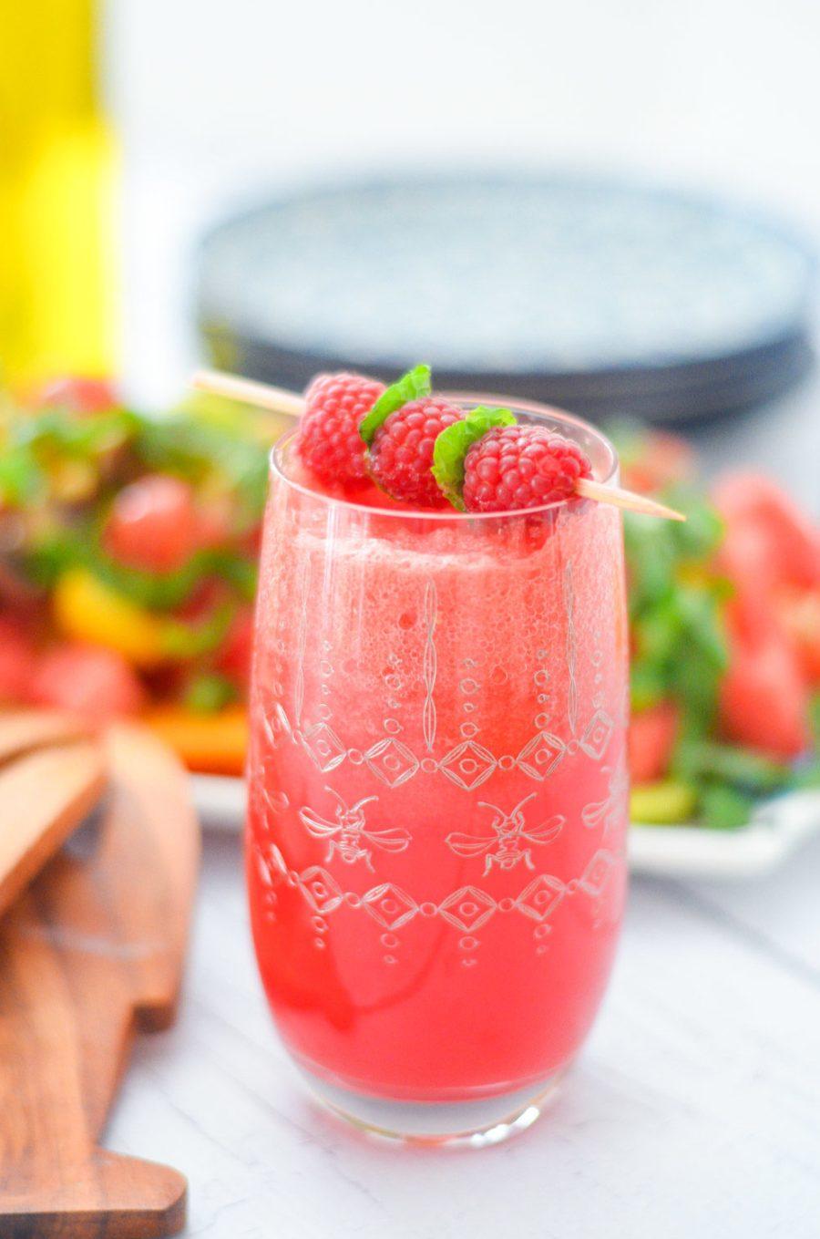 IZZE Watermelon Raspberry Sparkling Water Drink Recipe w. Watermelon Juice | Summer Produce Recipes