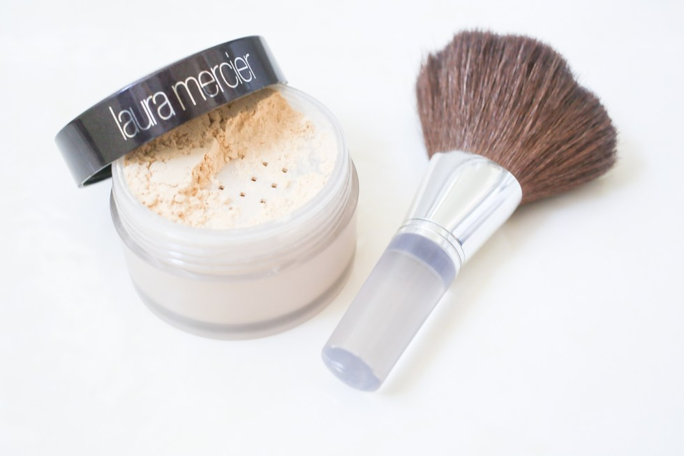 Laura Mercier Setting Powder Review + How To