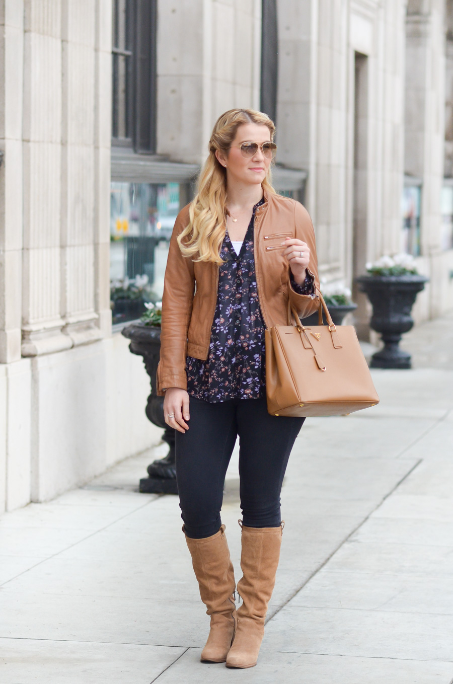 Tan Boots with Black Jeans Women's Outfit
