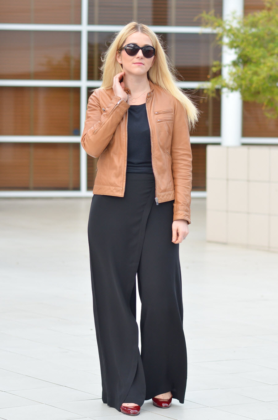 Tan Leather Jacket Outfit to Work