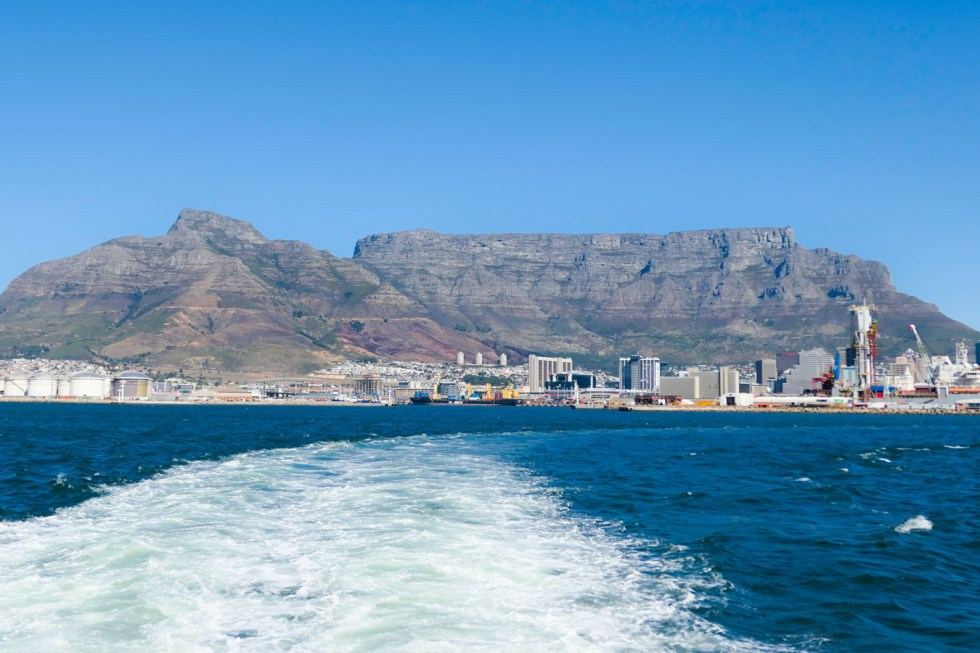 Activities in Cape Town Travel Blog - V&A Food Market - Table Mountain/Robben Island