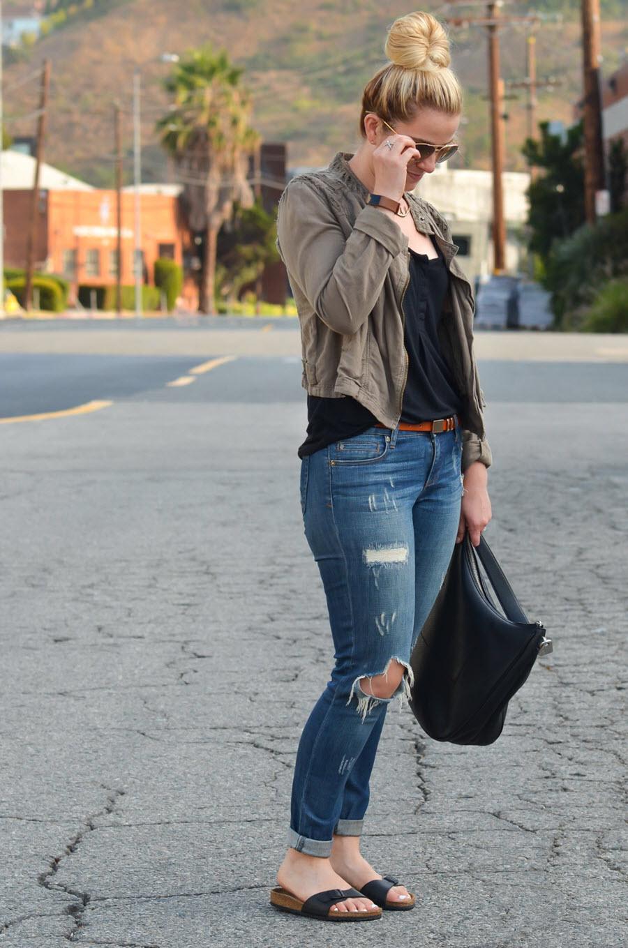Birkenstocks + Jeans - Chic Birkenstocks Outfit Ideas for Women-