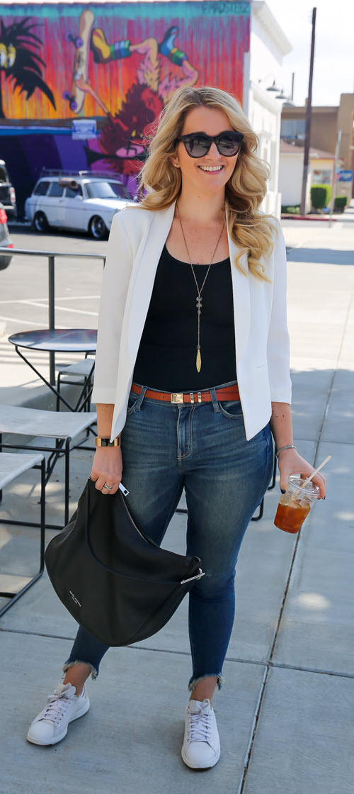 White Summer Blazer Outfit for Women. A casual, polished summer outfit for women. A great athleisure outfit for women with jeans and sneakers and a blazer. #summerstyle #fashionblog #fashionblogger #ootd #ootdshare #outfitshare #floggers #jeans #denim #springfashion