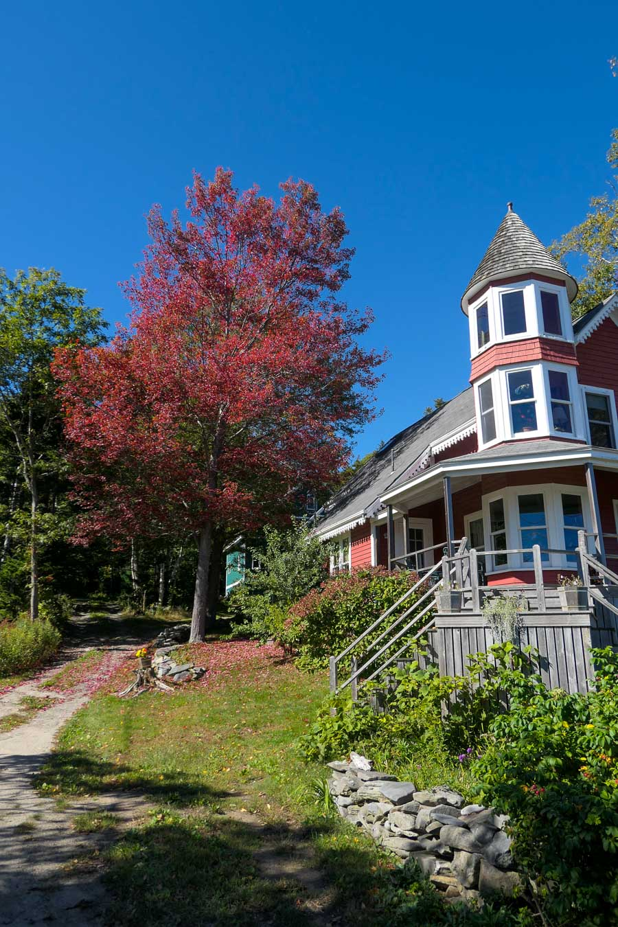 Peaks Island Travel Guide - What to Do in Maine