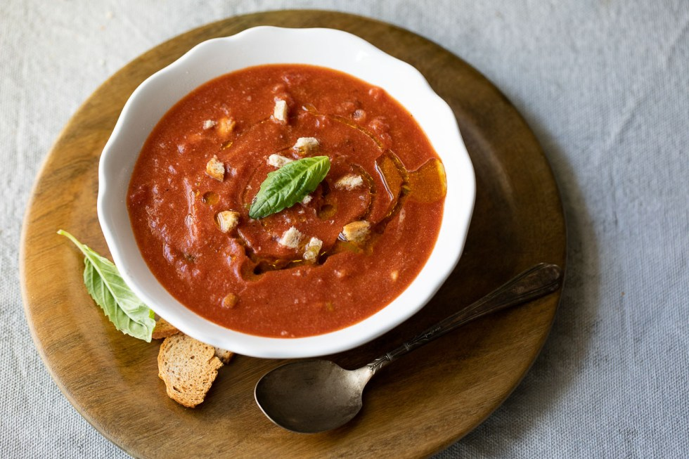 Healthy Tomato Basil Soup with Ricotta