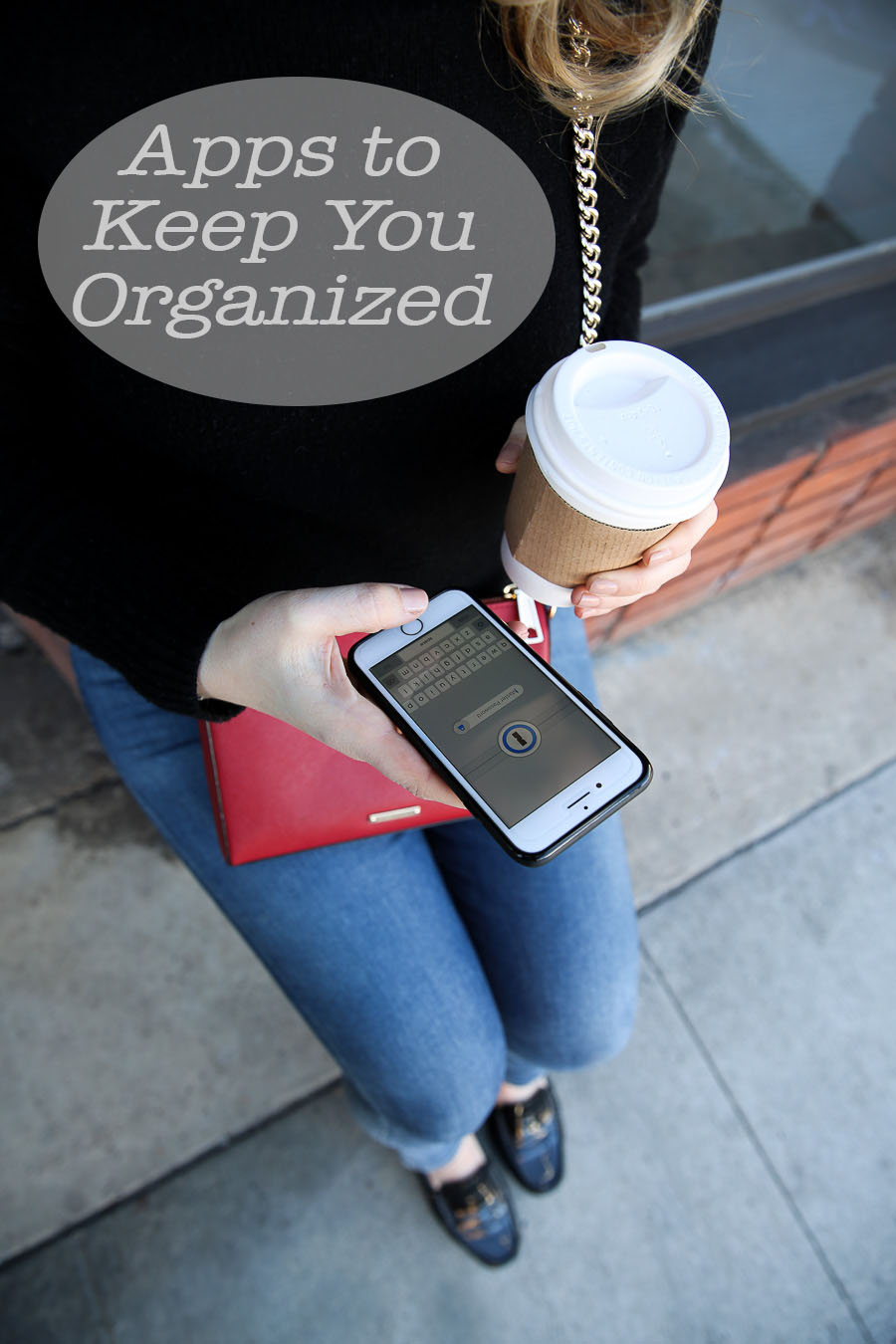 Apps to Keep you Organized. Travel tips for travel bloggers and working away from hom. #traveltips #apps #socialmedia #travel #organized