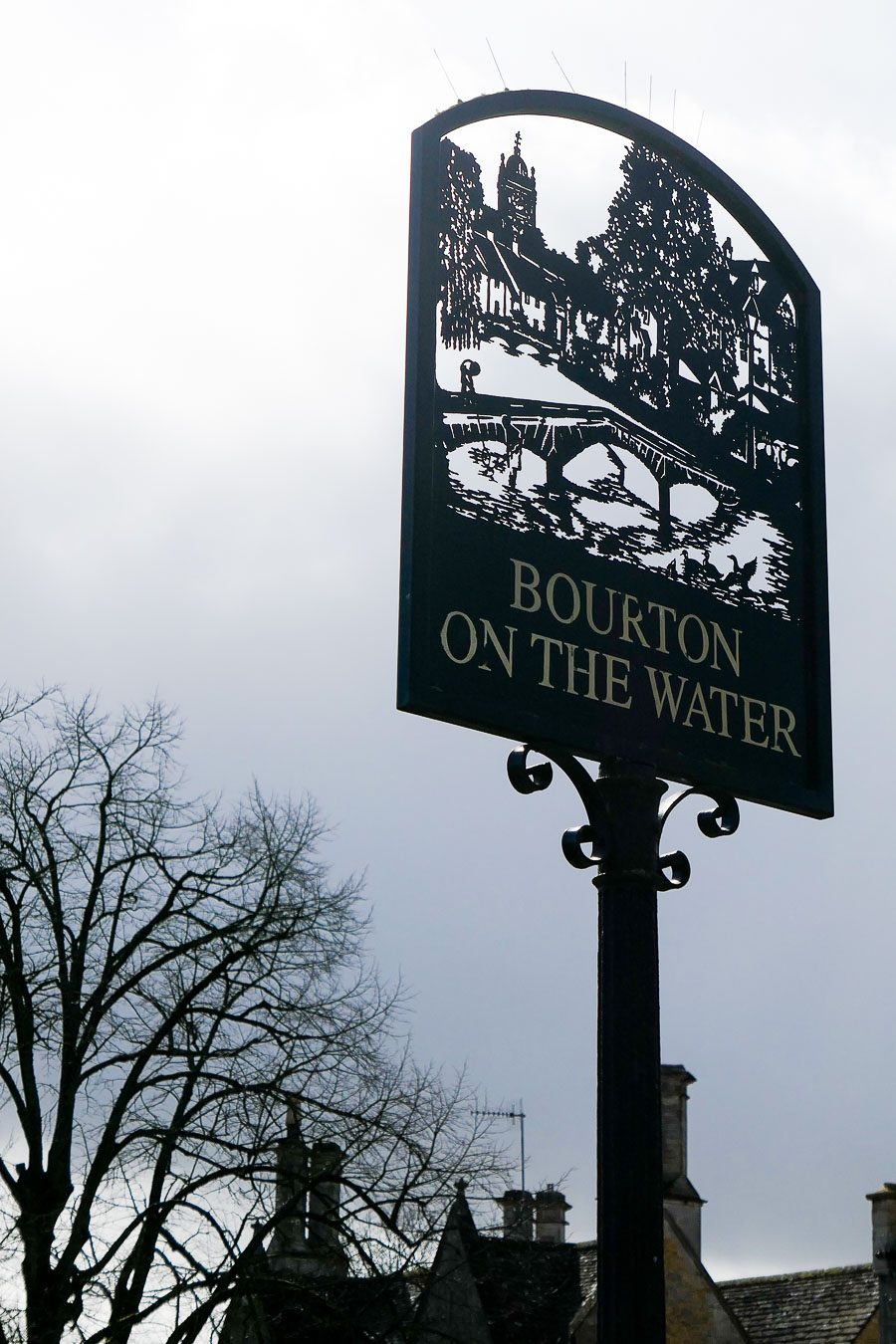 What to Do in the Cotswolds - English Countryside - Bourton on the Water