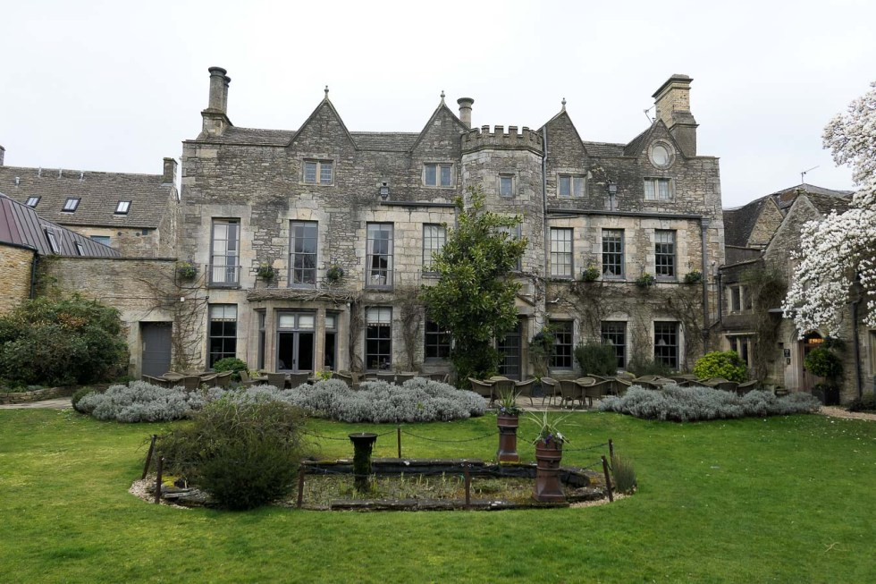 What to Do in the Cotswolds - English Countryside