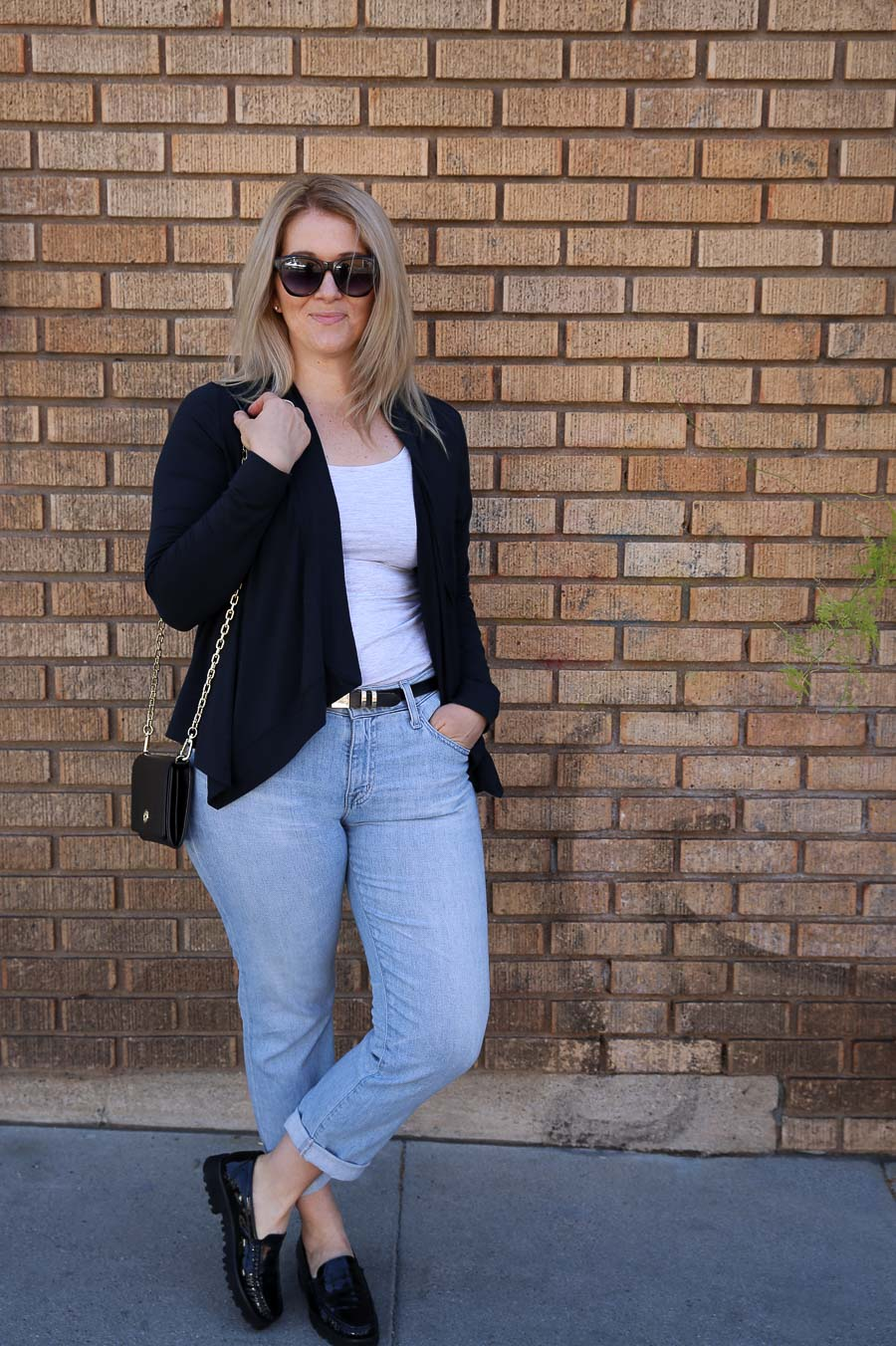 Postpartum Clothing - Outfit Ideas with Jeans